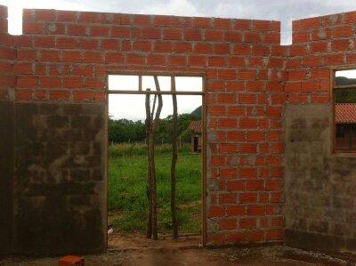 Costruzione di una cappella a Guirayurarenda