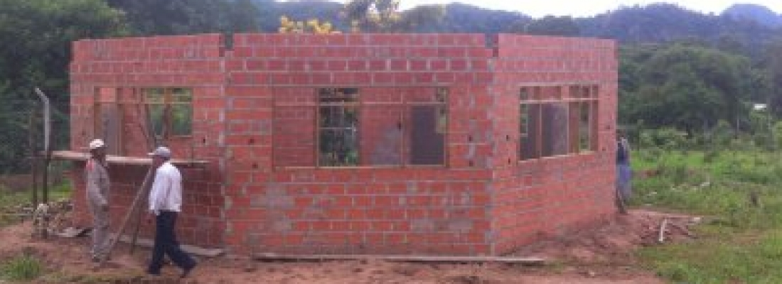 Costruzione di una cappella a Guirayurarenda 4