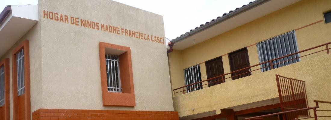 Ristrutturazione del tetto dell'Hogar di S. Cruz
