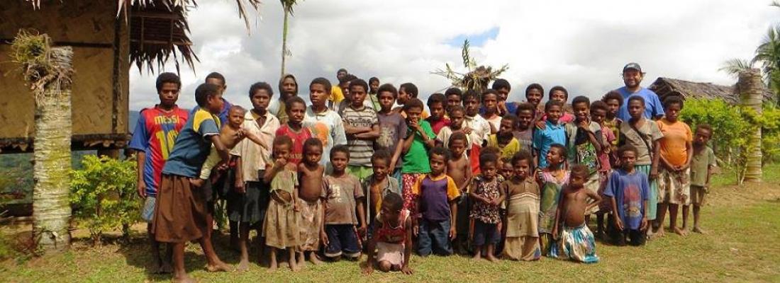 Serbatoi per acqua potabile e medicine - Papua Nuova Guinea